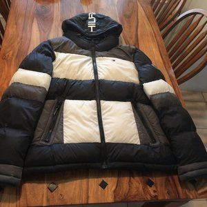 *NEW* Tommy Hilfiger Color blocked Puffer Jacket